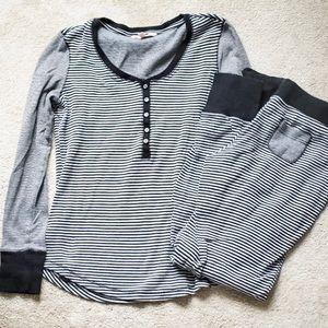 🌵Victoria Secret Women's Pajama Set